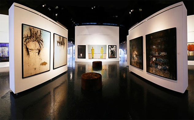 aaa - Enjoy the chirpy art scene at the art galleries in Dubai