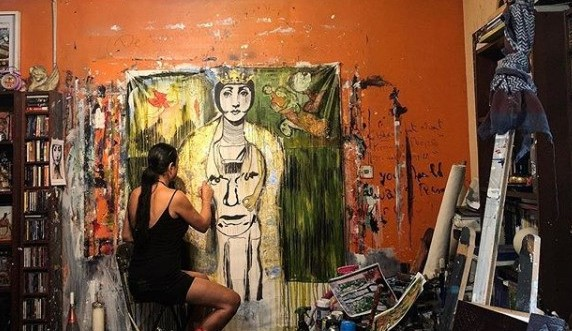 Suzi Nassif in her Studio 1 - Why contemporary art is taking the world by storm
